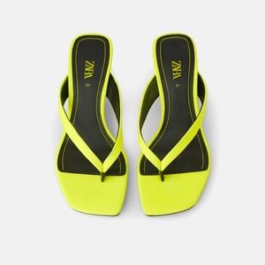 GORGEOUS ZARA NWT Fluorescent Kitten Heel Sandals